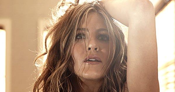 Jennifer Aniston Topless In Allure Magazine