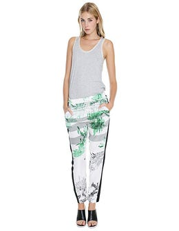 15 Printed Pants To Upgrade Your Look