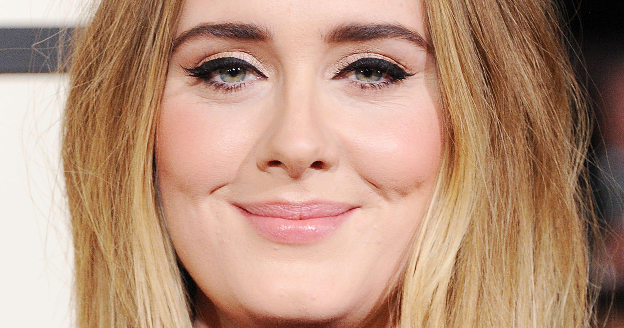 Adele son disneyland anna frozen