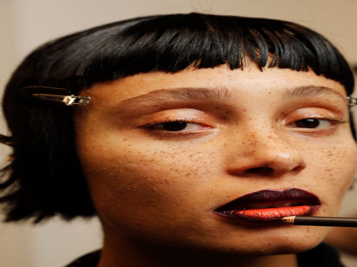 The Best & Boldest Beauty Looks From London Fashion Week AW19