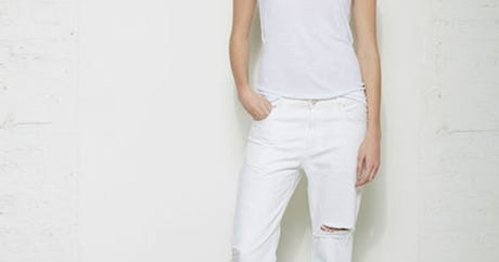 27 White Jeans, 0 Reasons To Be Afraid