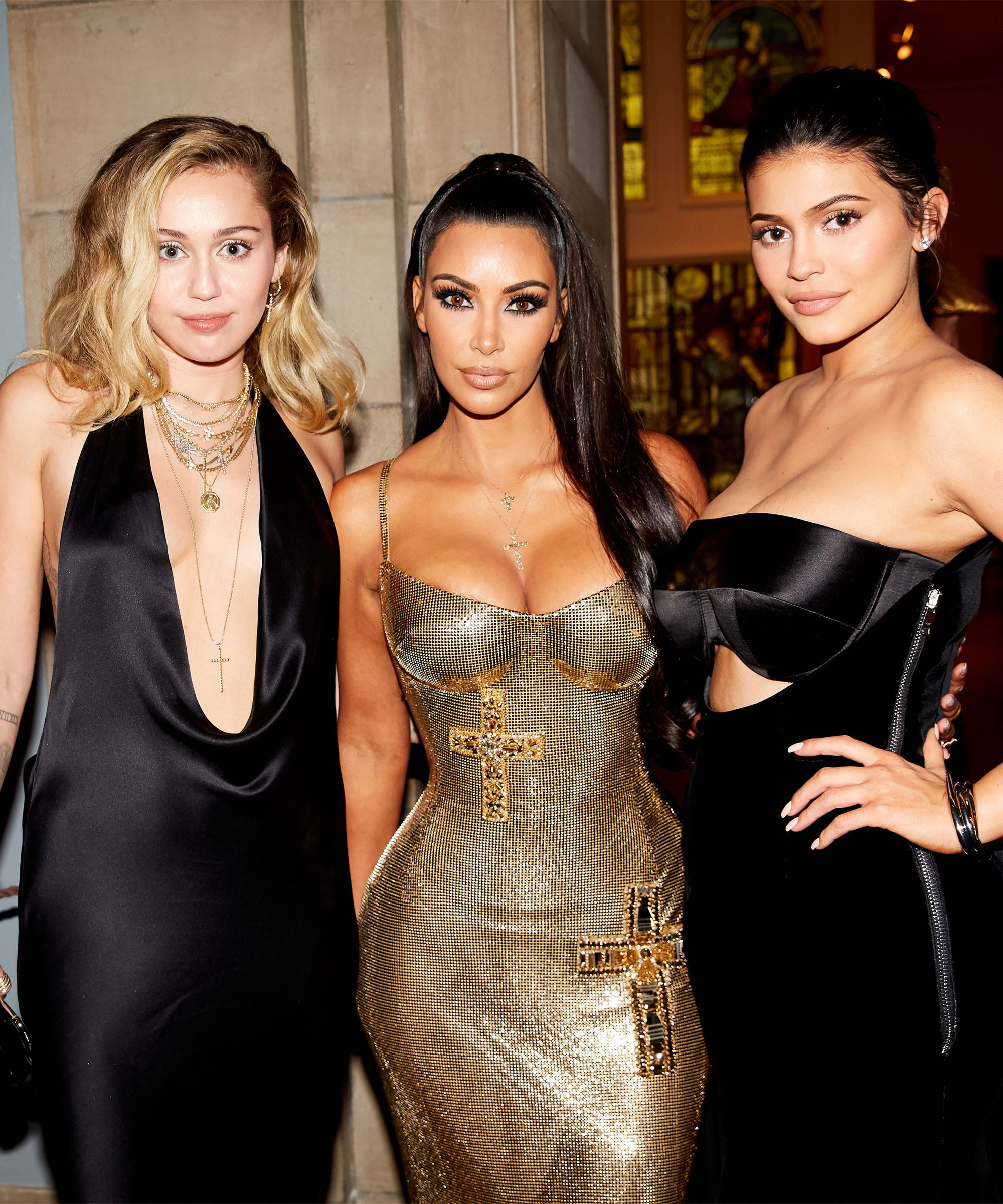 Kim Kardashian & Kylie Jenner's Perfume Is About To Be All Over Instagram
