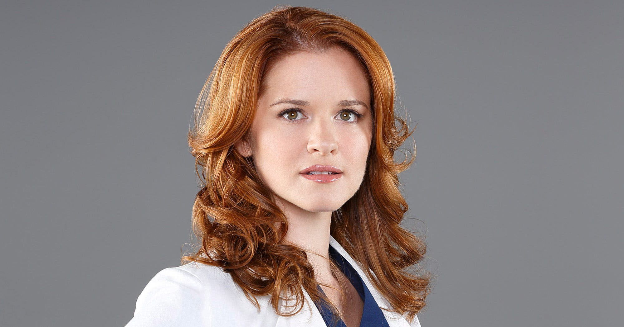 """This """"Grey's Anatomy"""" Wrap Gift For Sarah Drew Will Make You Weep"""