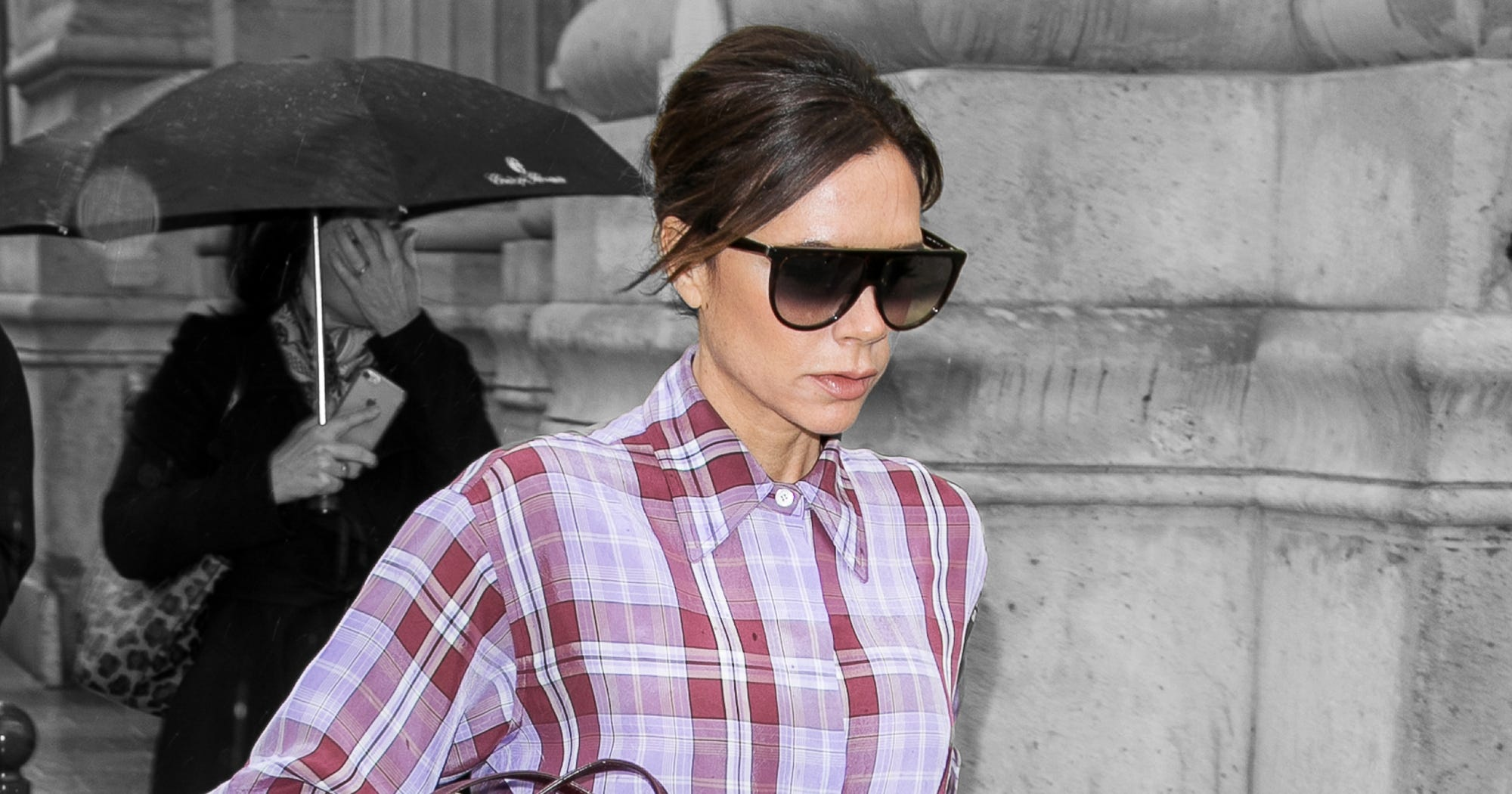 Someone Call 911, Victoria Beckham Is Slaying Us All