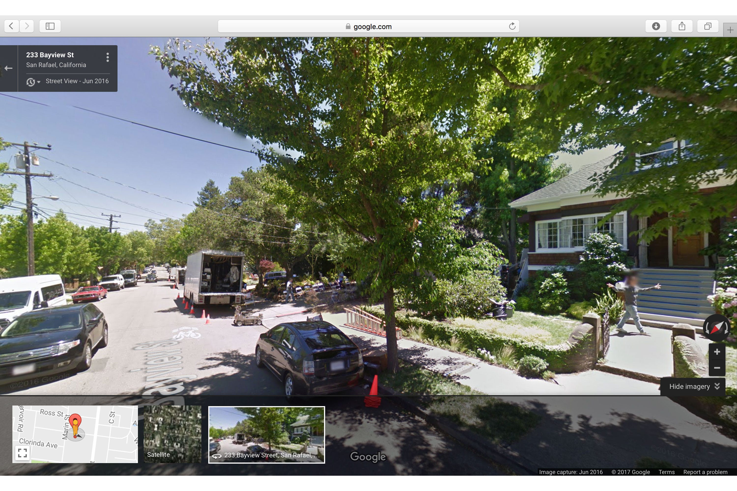 13 Reasons Why Set Photos Clay Caught On Google Maps on