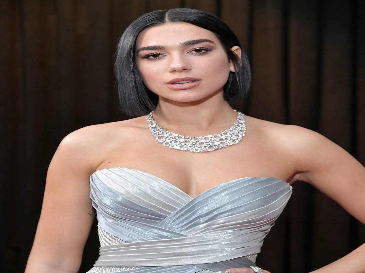 Dua Lipa s Metallic Nails Were The Highlight Of The Grammys