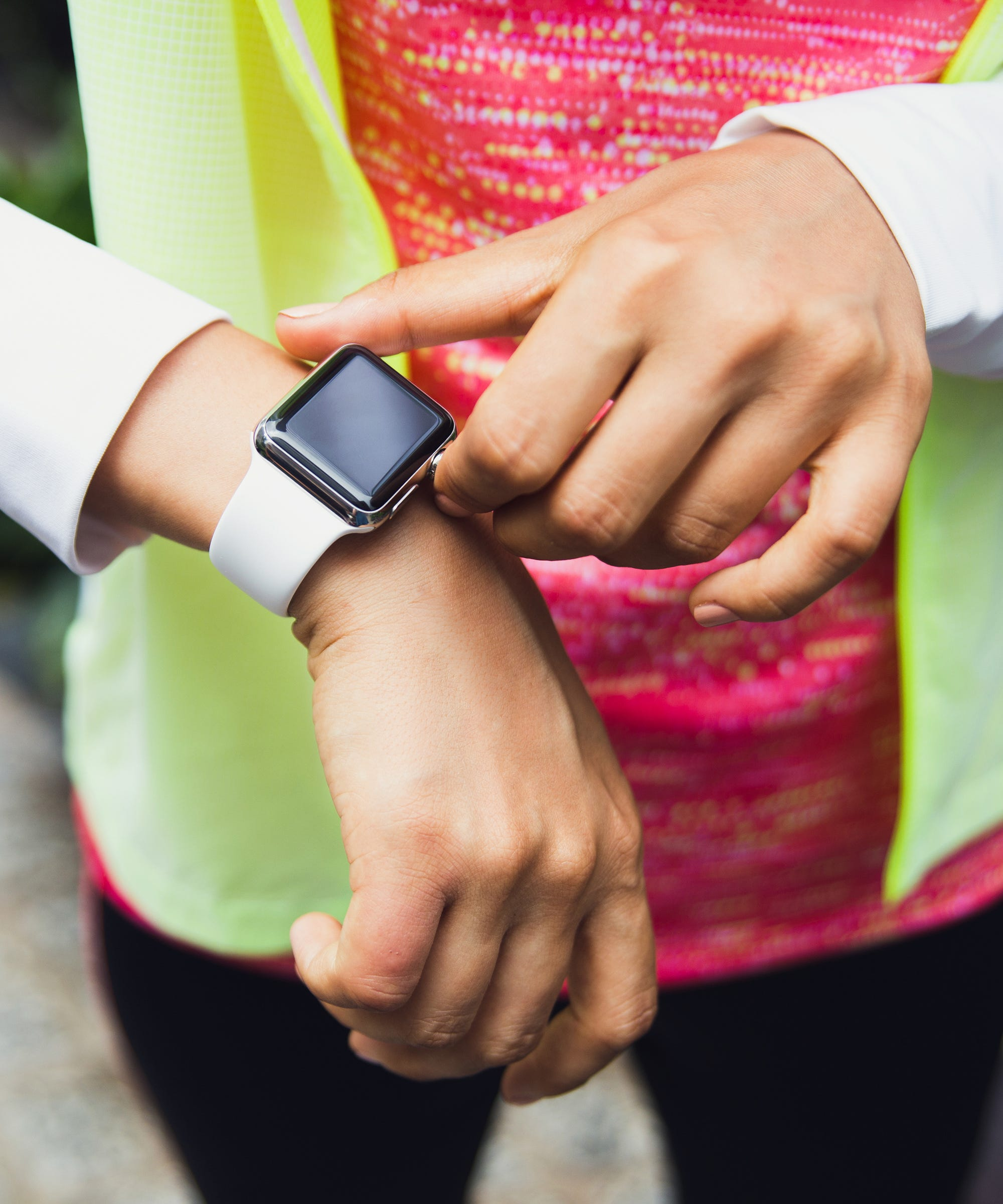 The Apple Watch Can Now Track Your Period