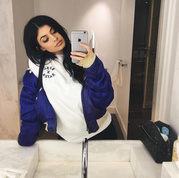 f4817c68f55 Kylie Jenner Selfies, Selfie Tips