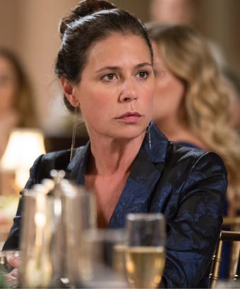 The Affair Maura Tierney Helen
