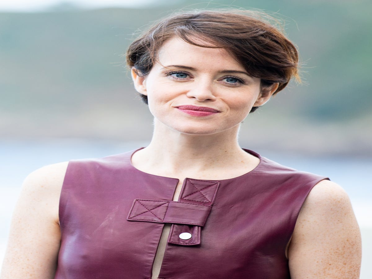 From Blonde To Jet Black, Claire Foy s Beauty Résumé Is Stellar
