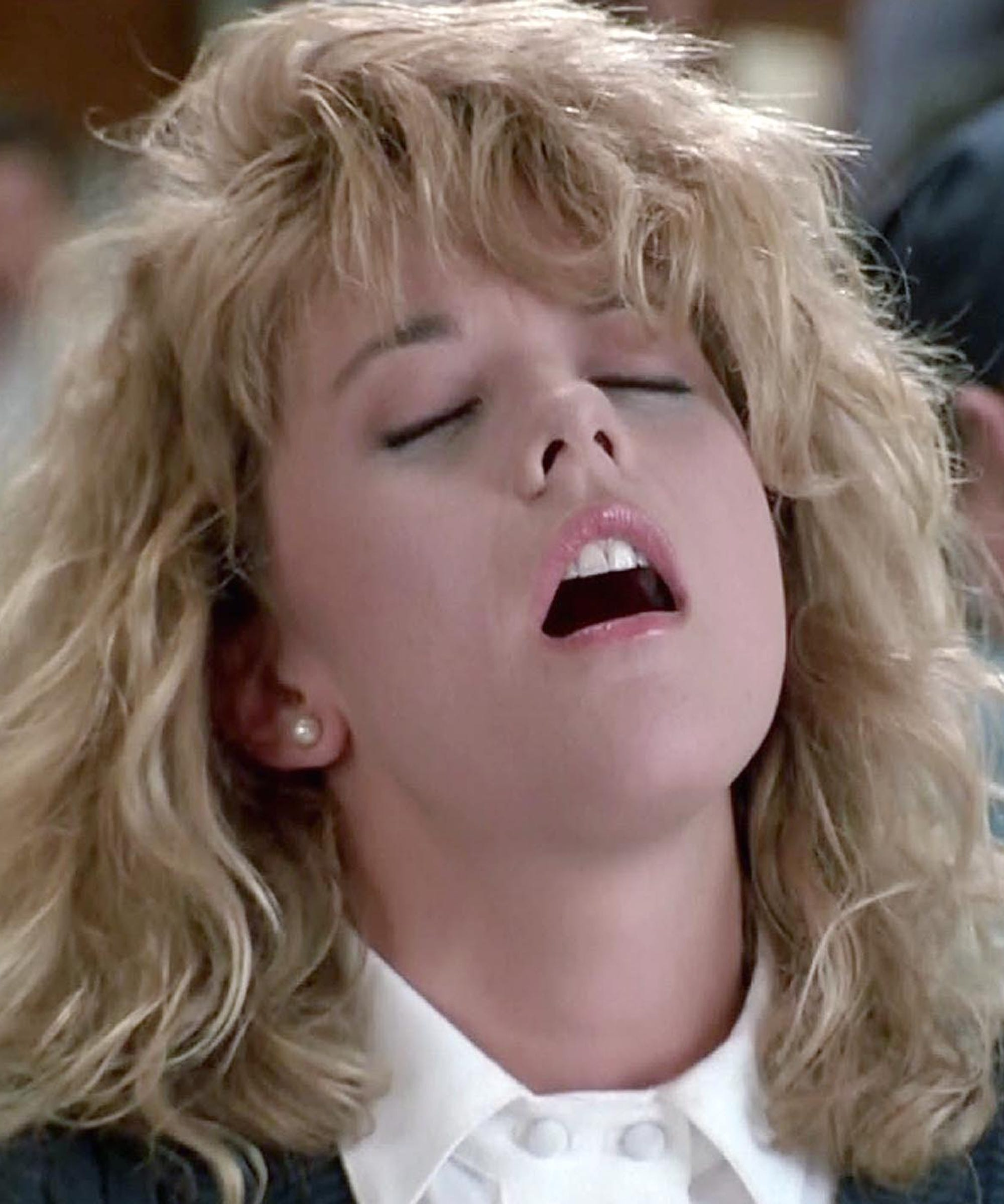 Why And How Women Fake Orgasms Like Meg Ryan In When Harry Met Sally