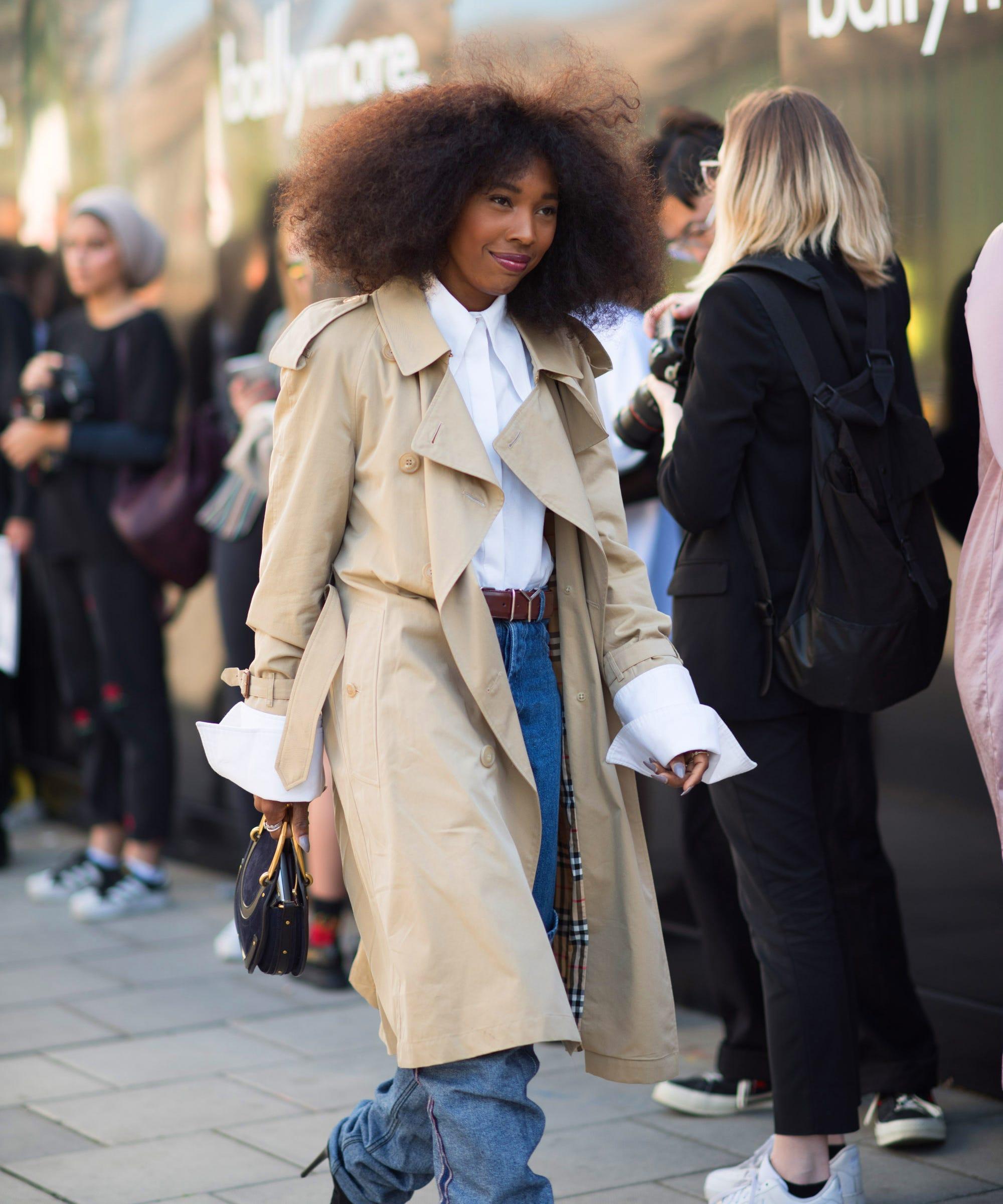 60b16e5a2bc London Fashion Week Spring Summer 2019 Street Style