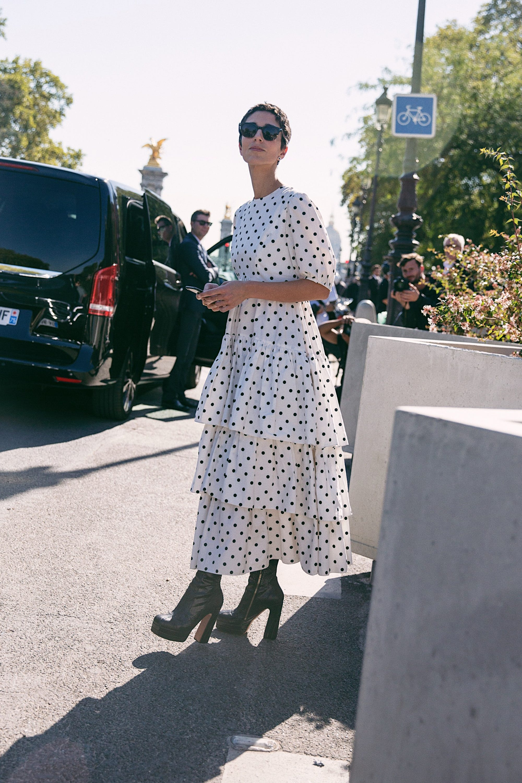5bd2061412a https   www.refinery29.com en-us 2018 09 210982 paris-fashion-week ...