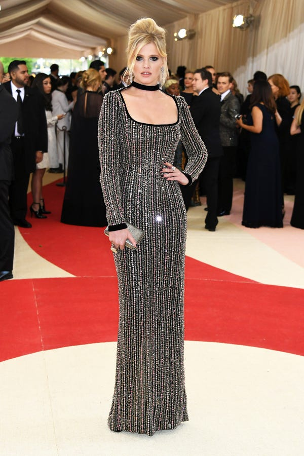 4b87782dd82 Best Dressed Met Gala 2016 Red Carpet Outfits Photos