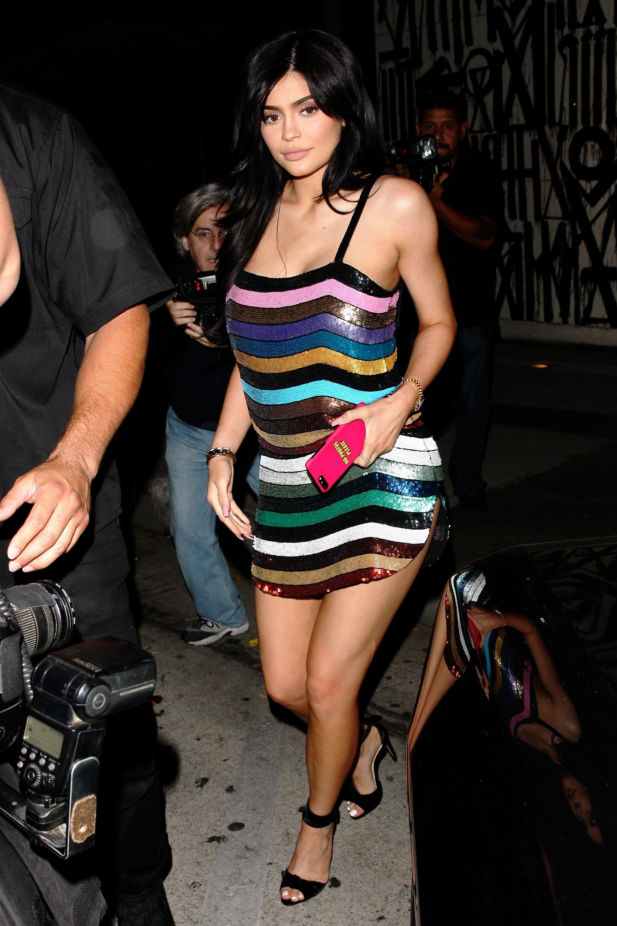 a51e827f6 Kylie Jenner Outfit Photos - Street Style Lookbook