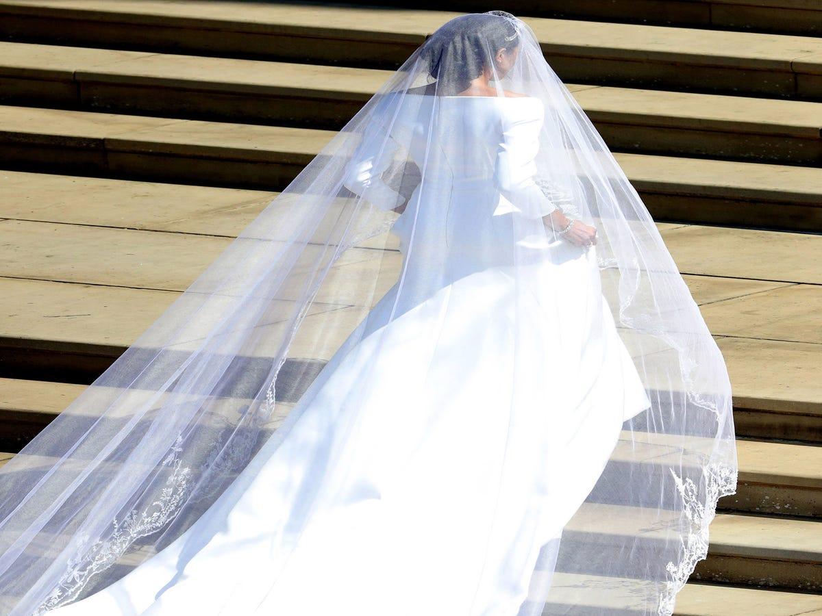 Meghan Markle s Wedding Dress Designer Is Clare Waight Keller Of Givenchy