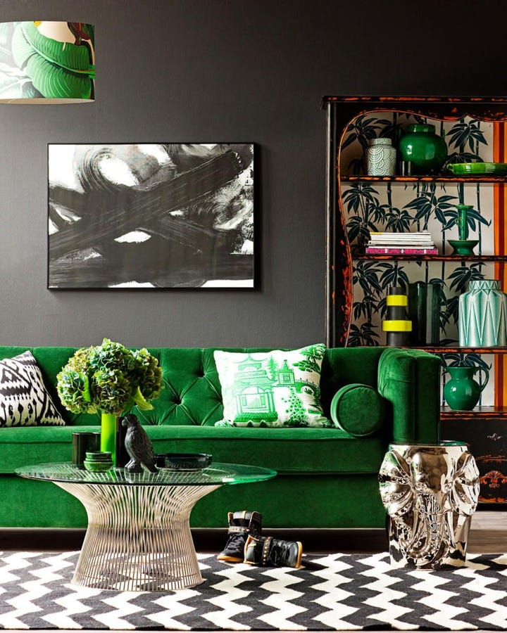 Charmant Nothing Could Be More Glamorous Than A Velvet, Emerald Green Couch. Itu0027ll  Exude Opulence And Bring Decadence To Any Space U2013 Especially If You Team It  With A ...