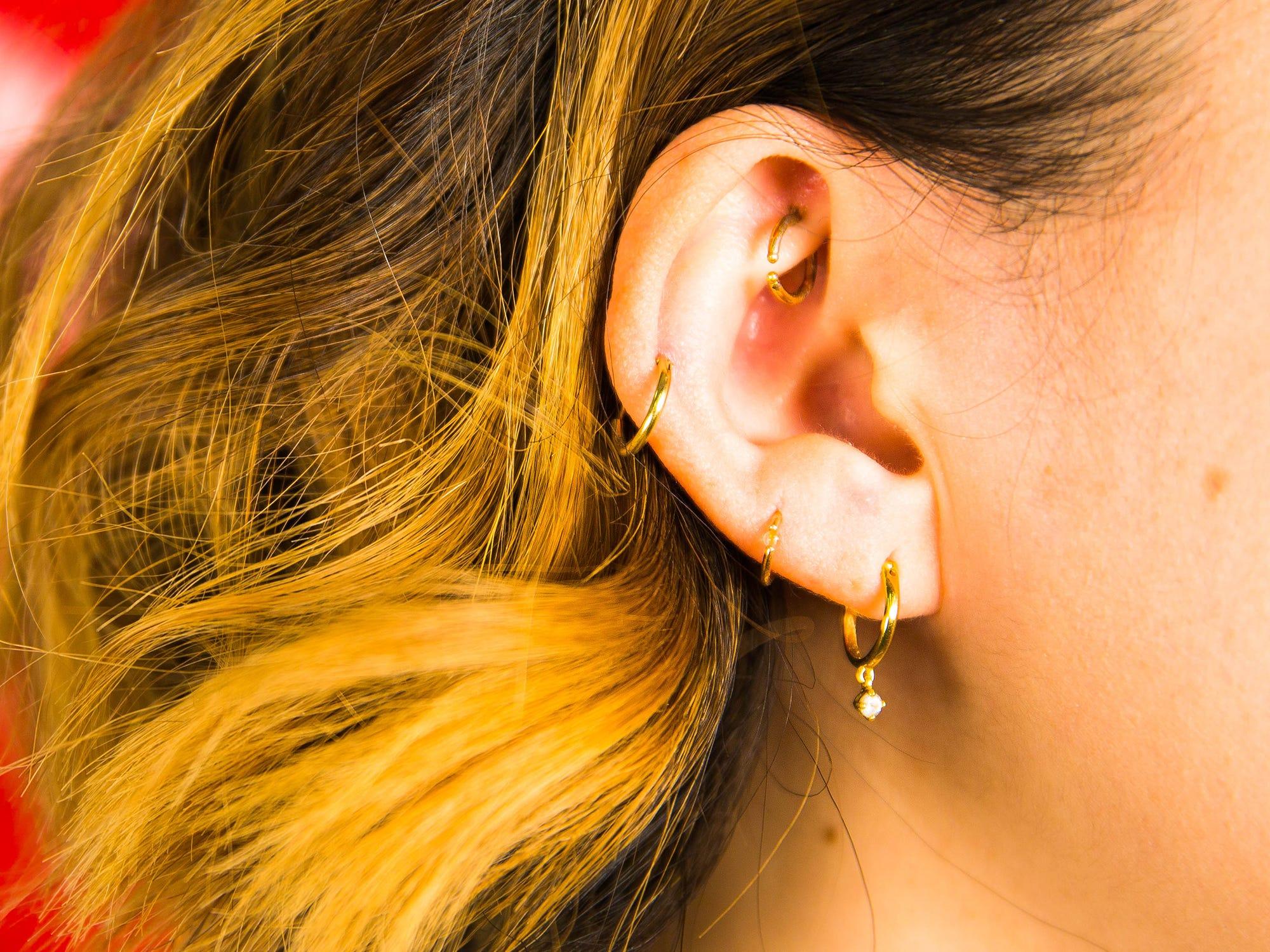 Sandra lee blackheads in ear