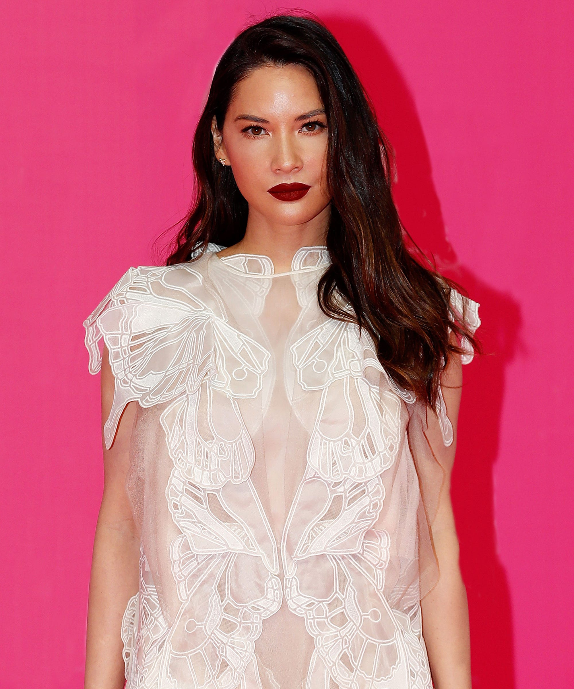 """Olivia Munn Opens Up About Feeling """"Worthless"""" In A """"Capsized"""" Relationship"""