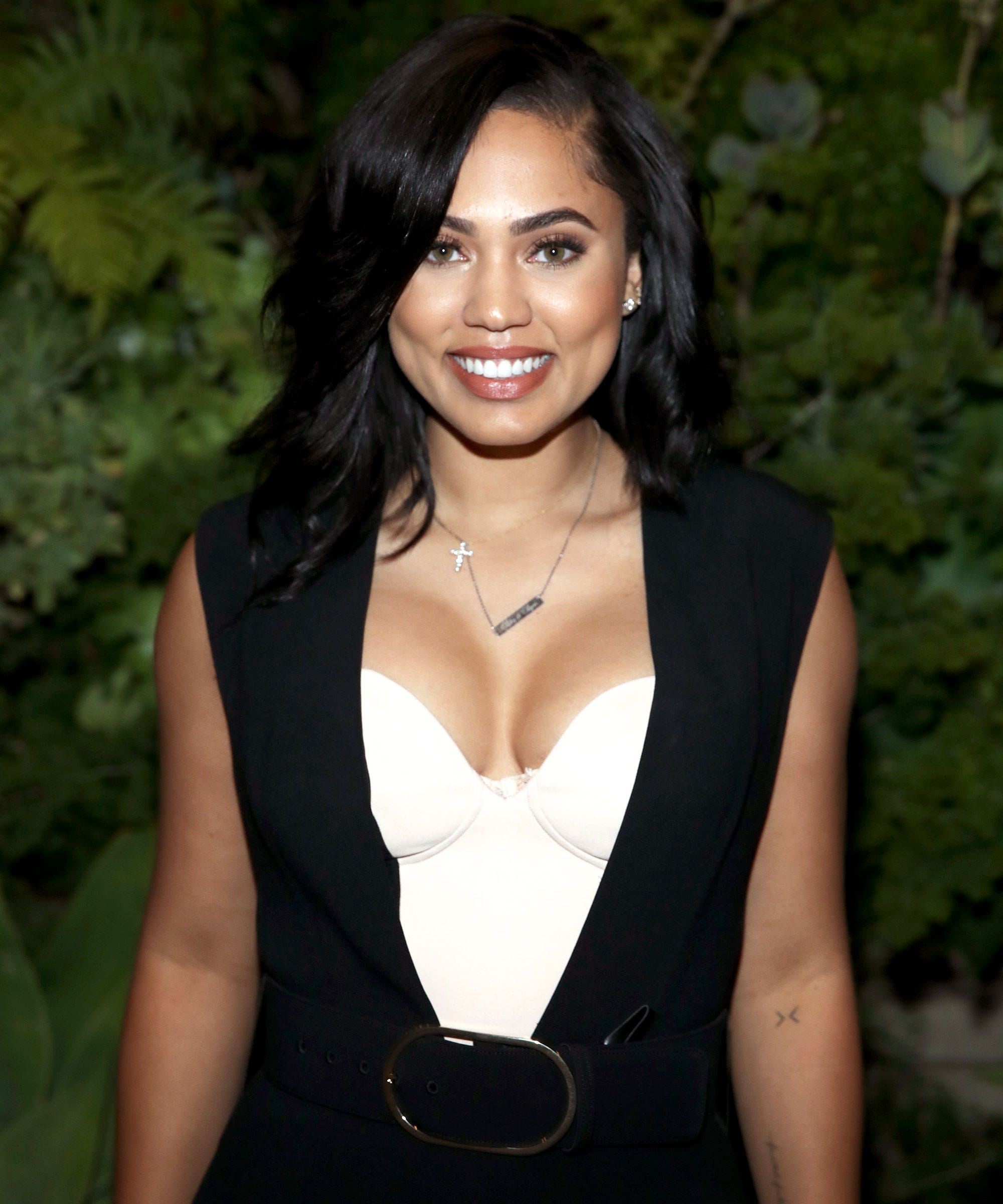 Ayesha Curry nude (23 foto) Cleavage, Facebook, cleavage