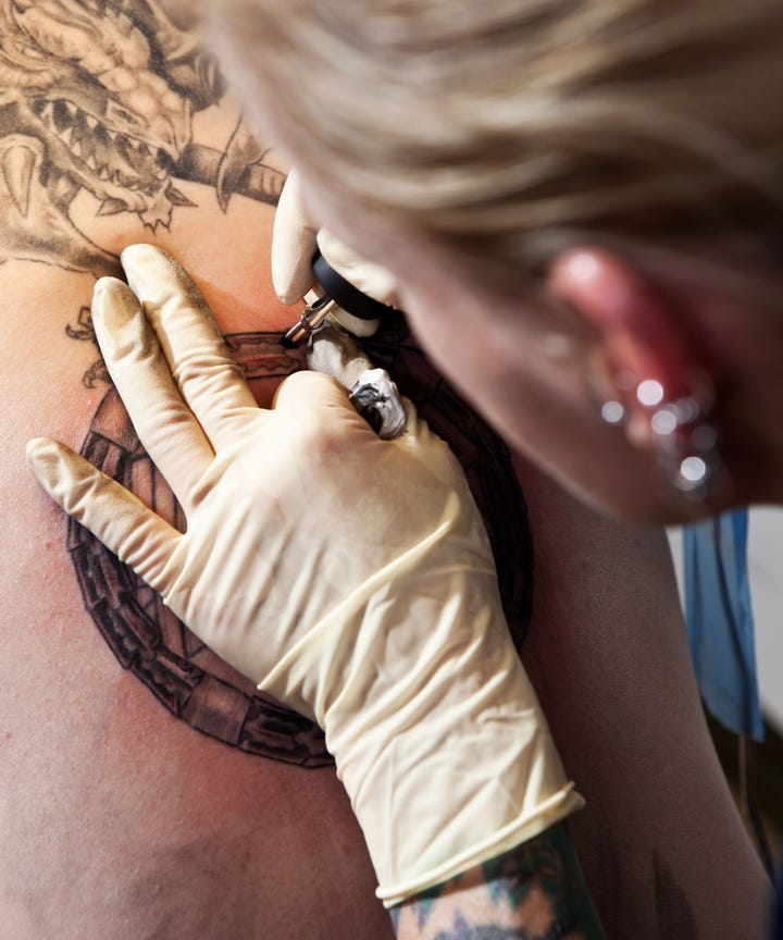 tattoo artist parlor warning signs dos and donts