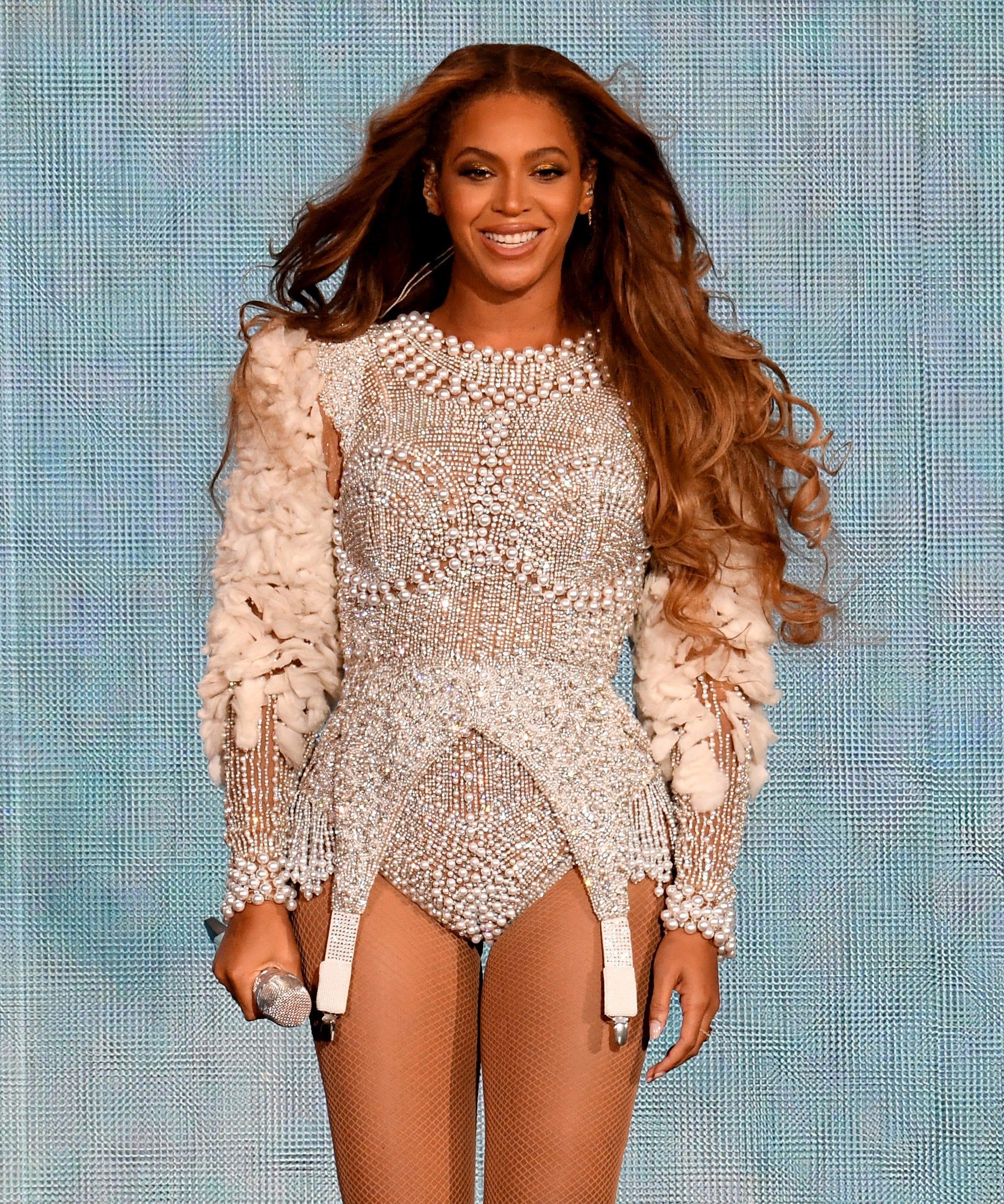 840249831 Beyonce Public Desire Heels Get Confused For Yeezys