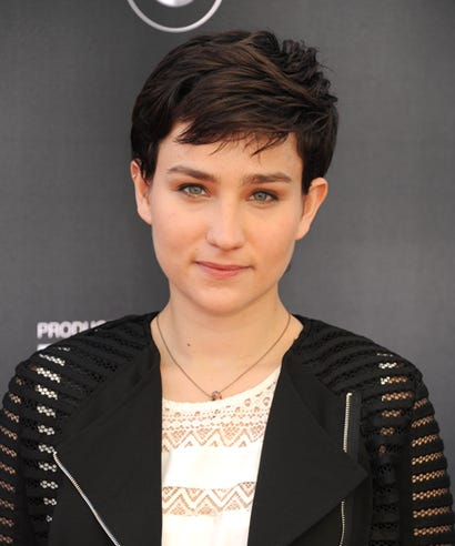Bex Taylor-Klaus photos