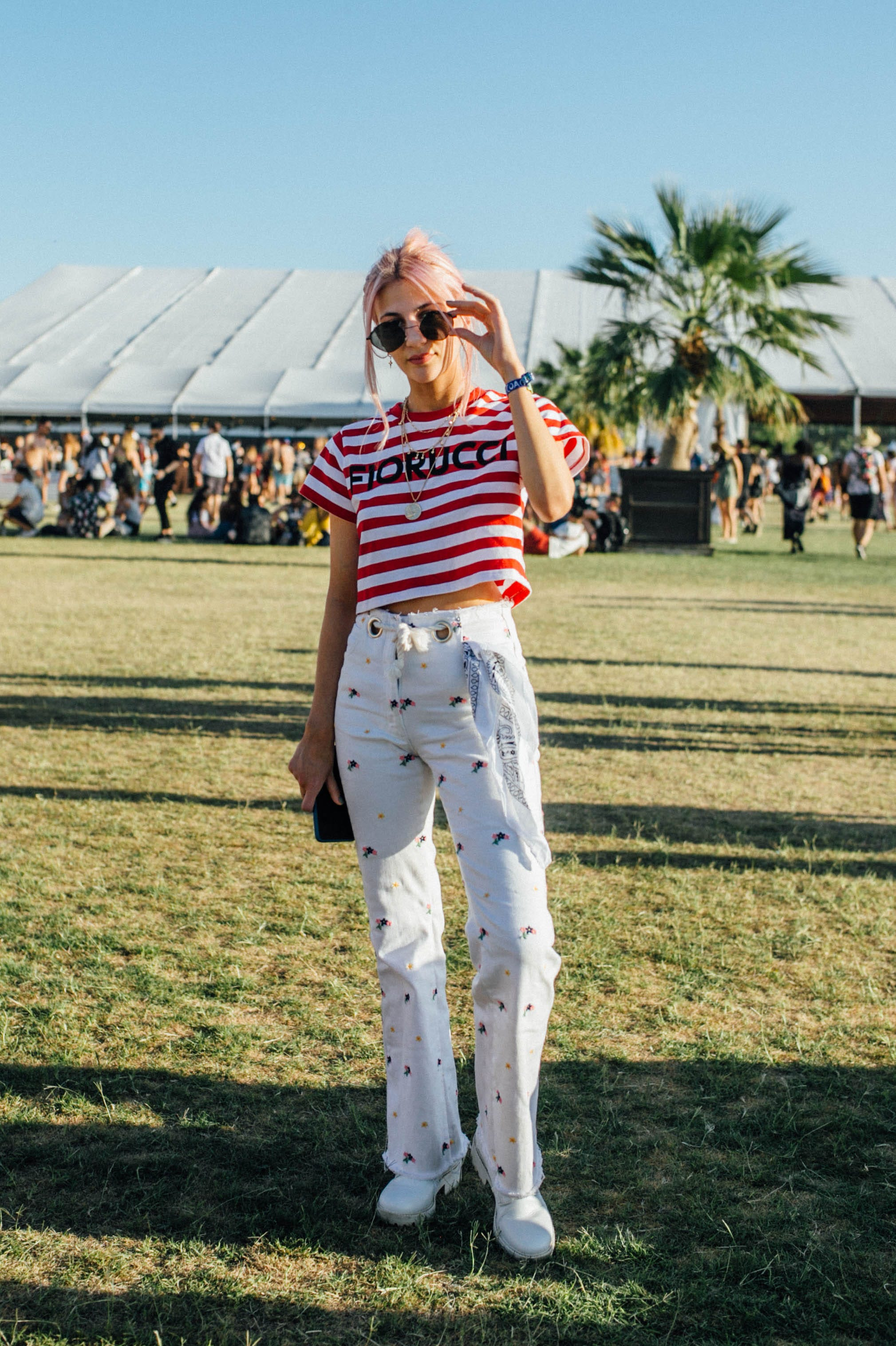 5a2b43b9118 32 Coachella Outfits That Offer A Fresh Take On