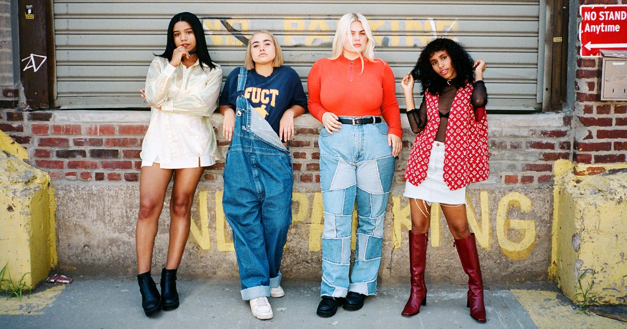 08af7c32e77 Brooklyn Teens Cool Clothing Photos Street Style