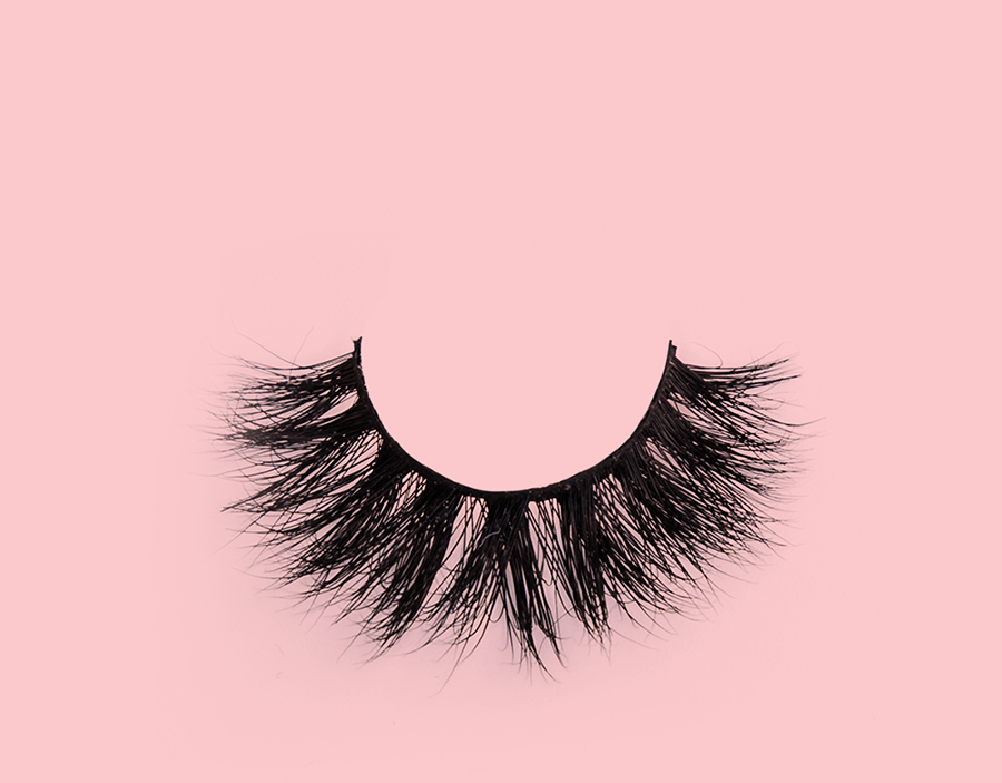 2629a164b69 Best False Eyelashes Nobody Will Know Are Fake In 2019