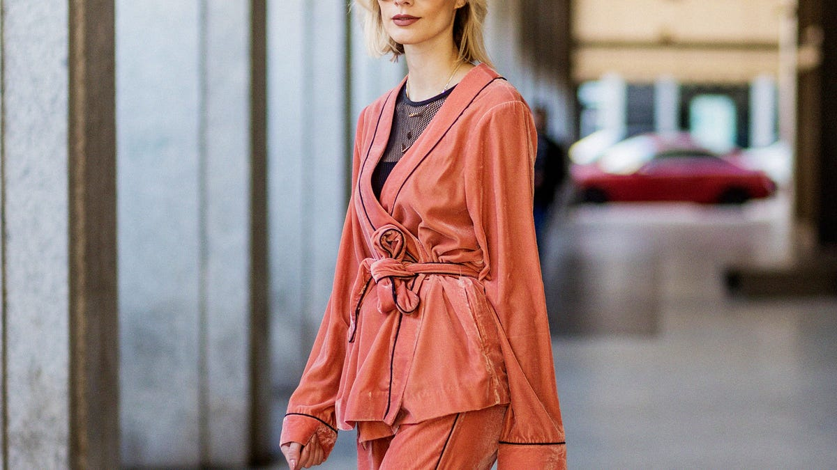 Pajamas Outfits Trend - Sleepwear Street Style Photos 0837f2ebd