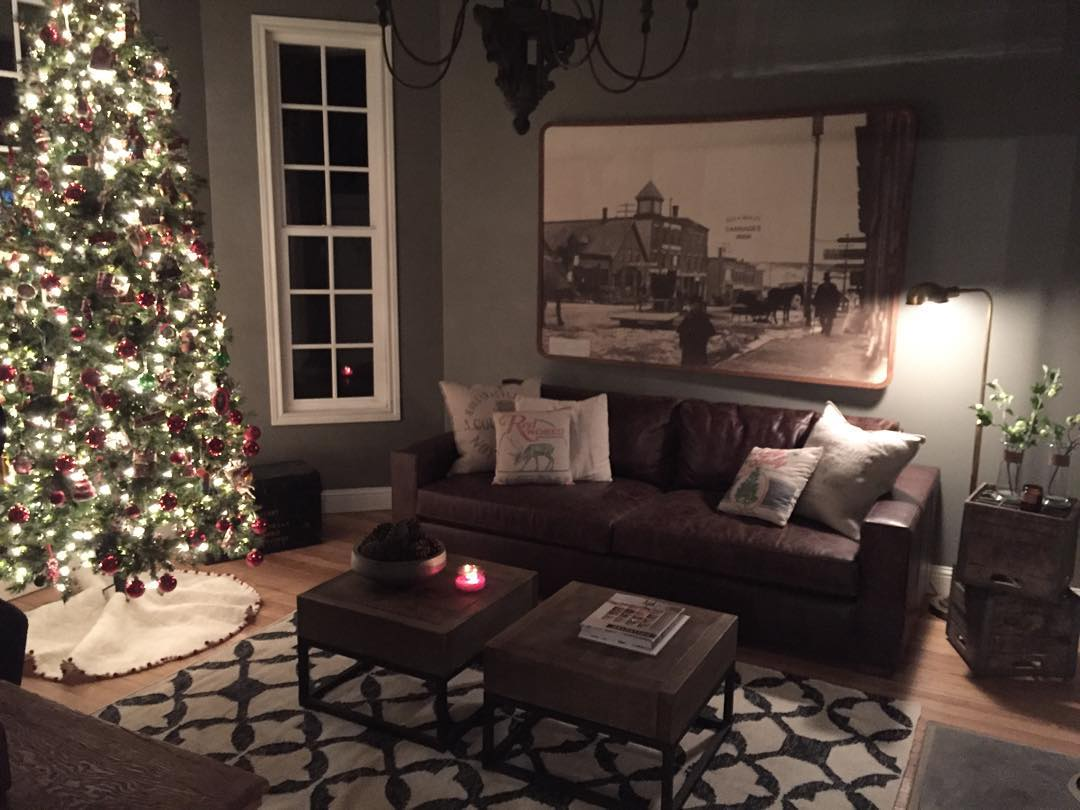 fixer upper chip and joanna gaines holiday decorations - Joanna Gaines Christmas Decor