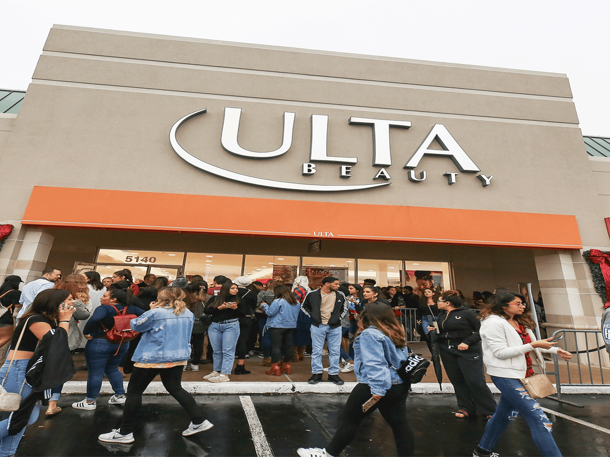 You Can Now Use Ulta Rewards Points To Get Your Brows Done