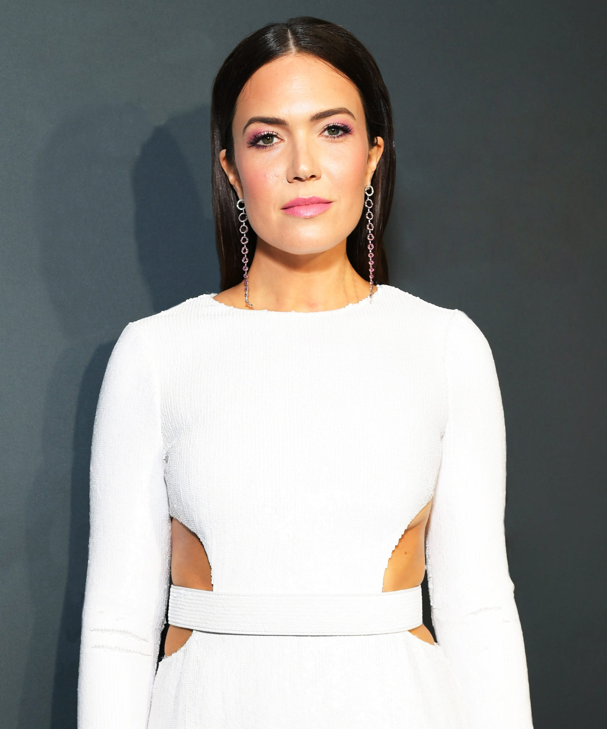 """Mandy Moore To Survivors Of Psychological Abuse: """"You're Not Alone"""""""