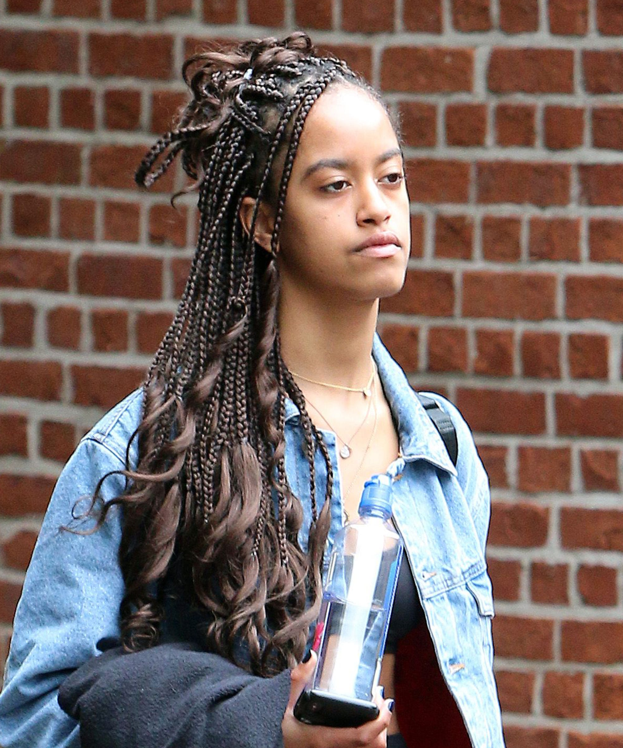Malia Obama Just Wore Our Favourite Dad Trend —& Nailed It