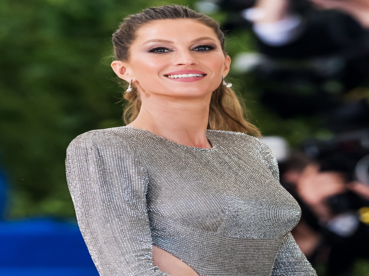 This Is Exactly What It Takes For Gisele Bündchen To Look Like Gisele Bündchen