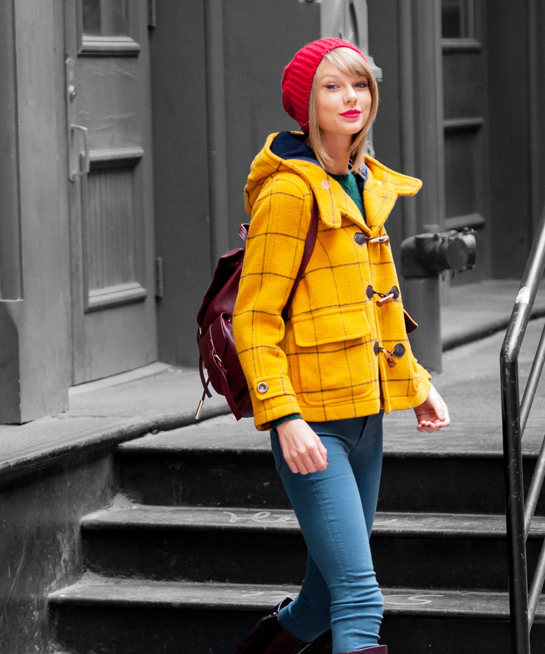 b6200a3668c Taylor Swift Bright Yellow Winter Coat Outfit