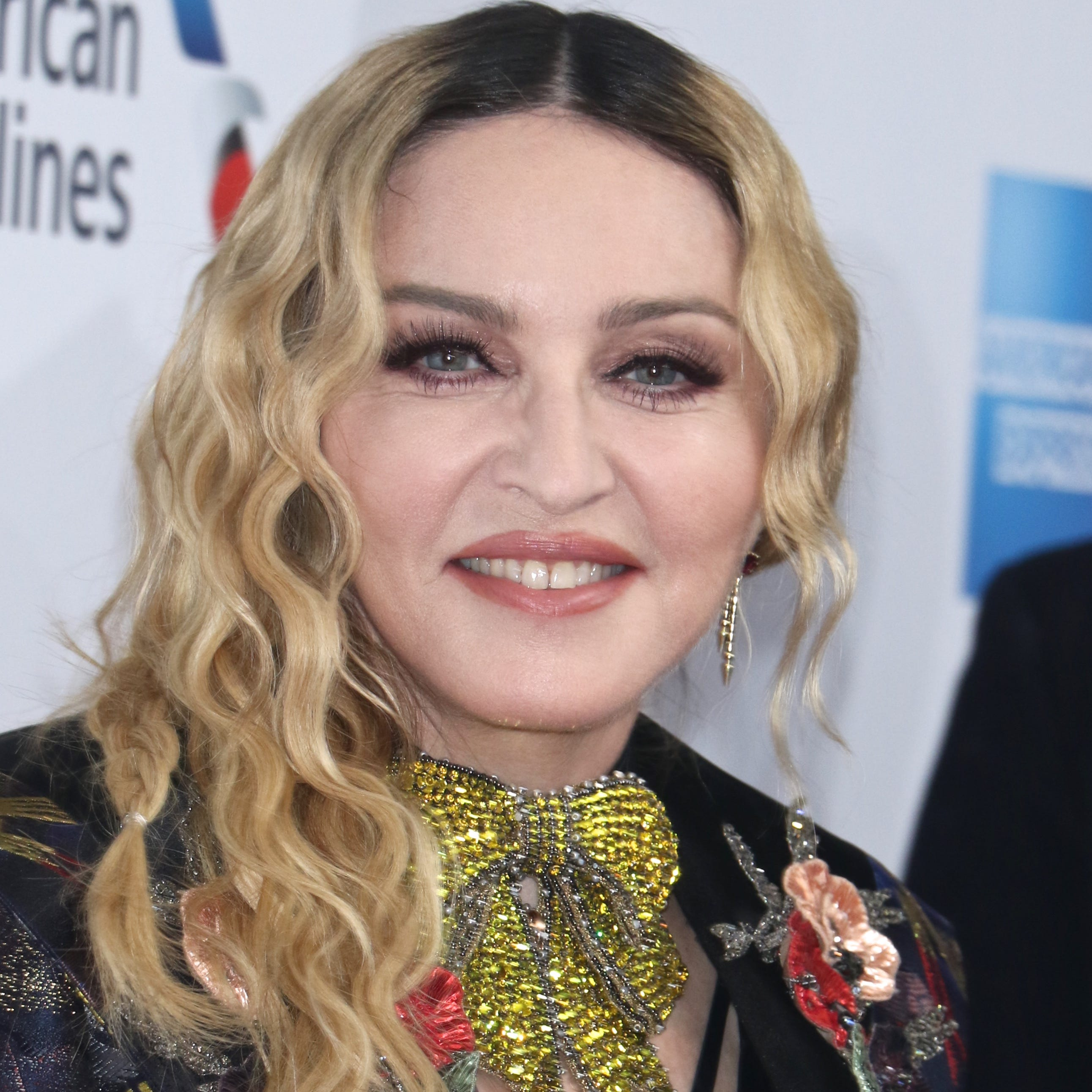 Entertainment – Celebrity News, Movie Releases, TV Updates