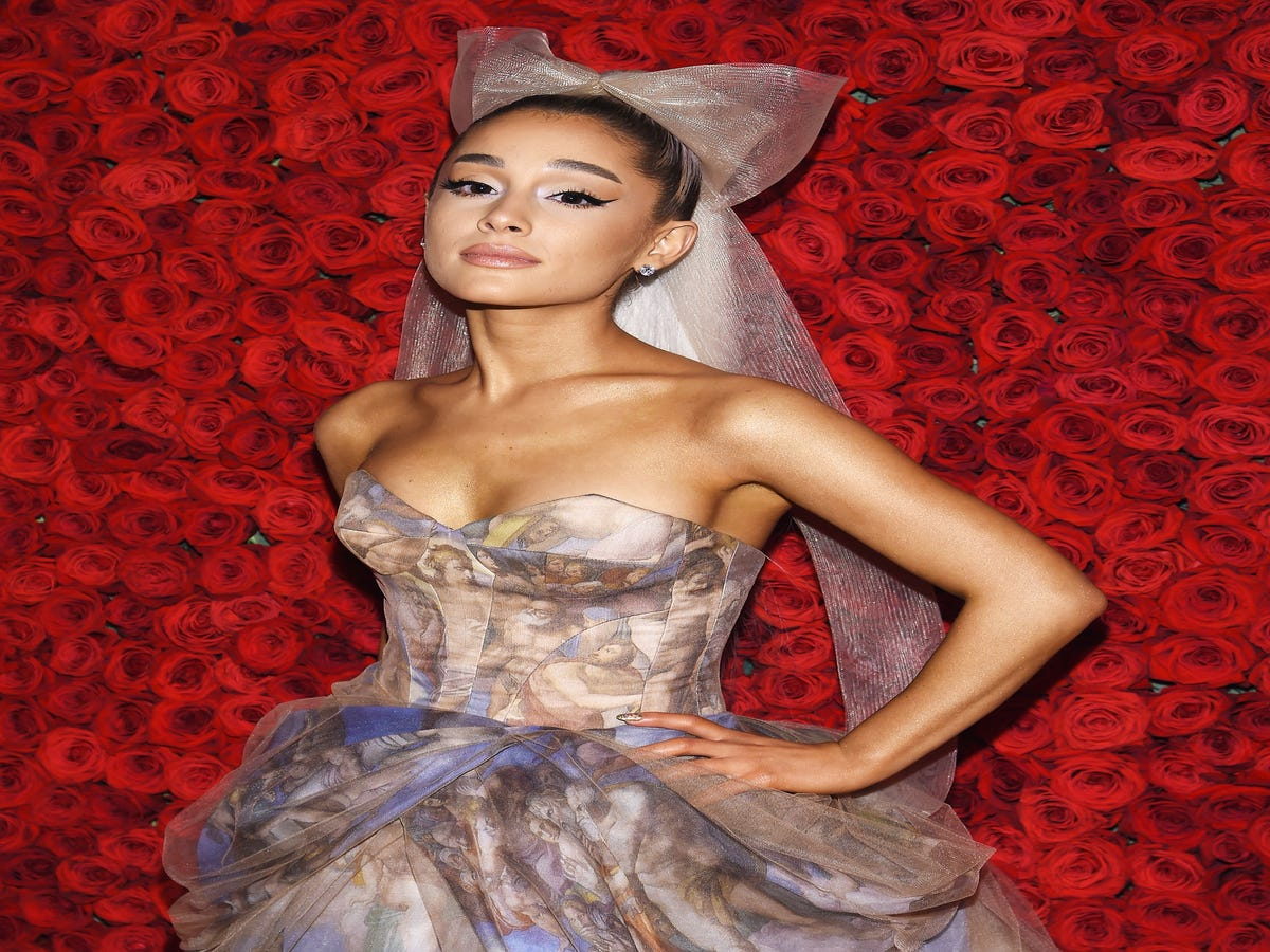 Ariana Grande Gets A Worker Bee Tattoo To Honor Manchester Victims