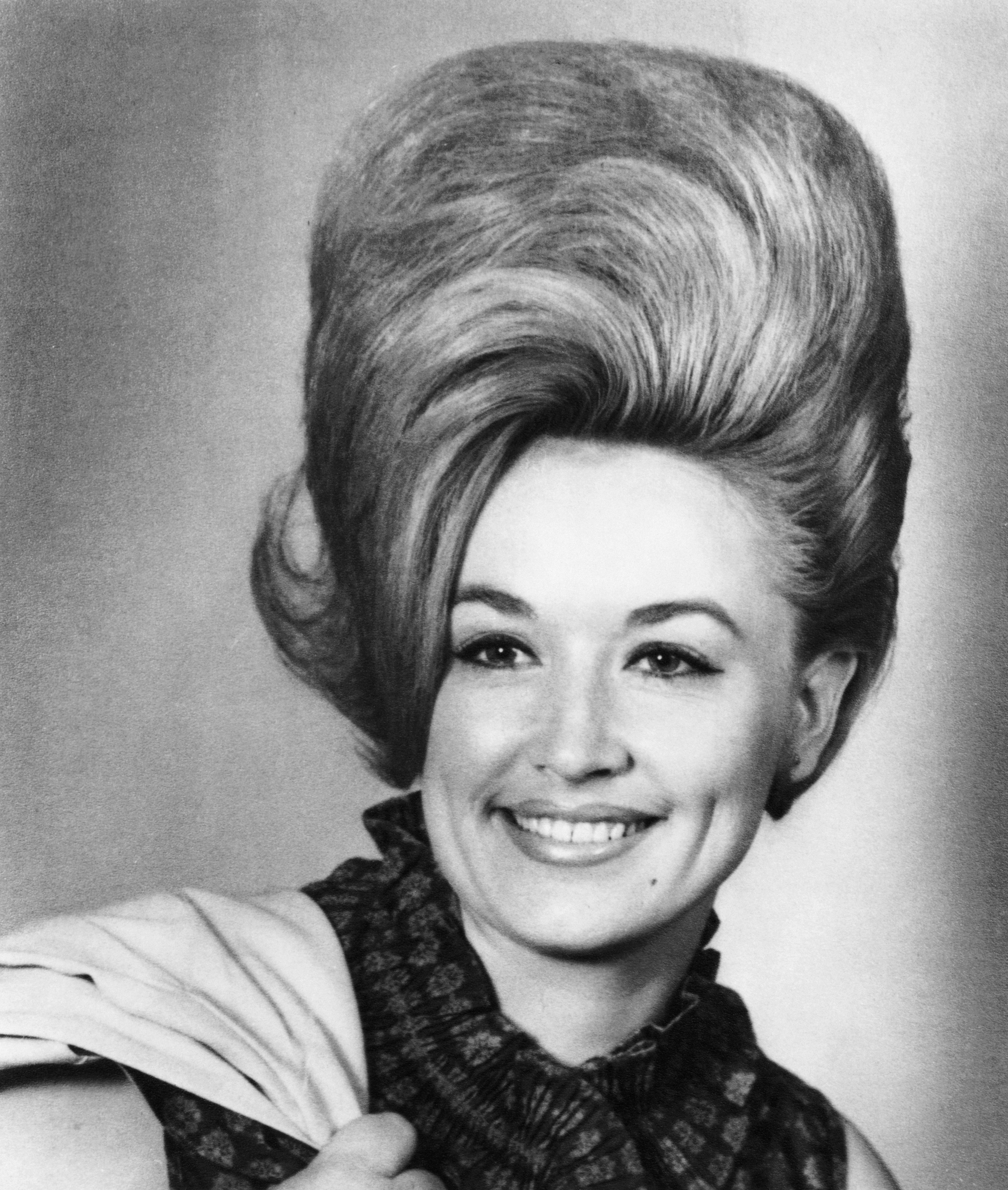 Dolly Parton s Hair Has Always Been Epic — & Here s Proof