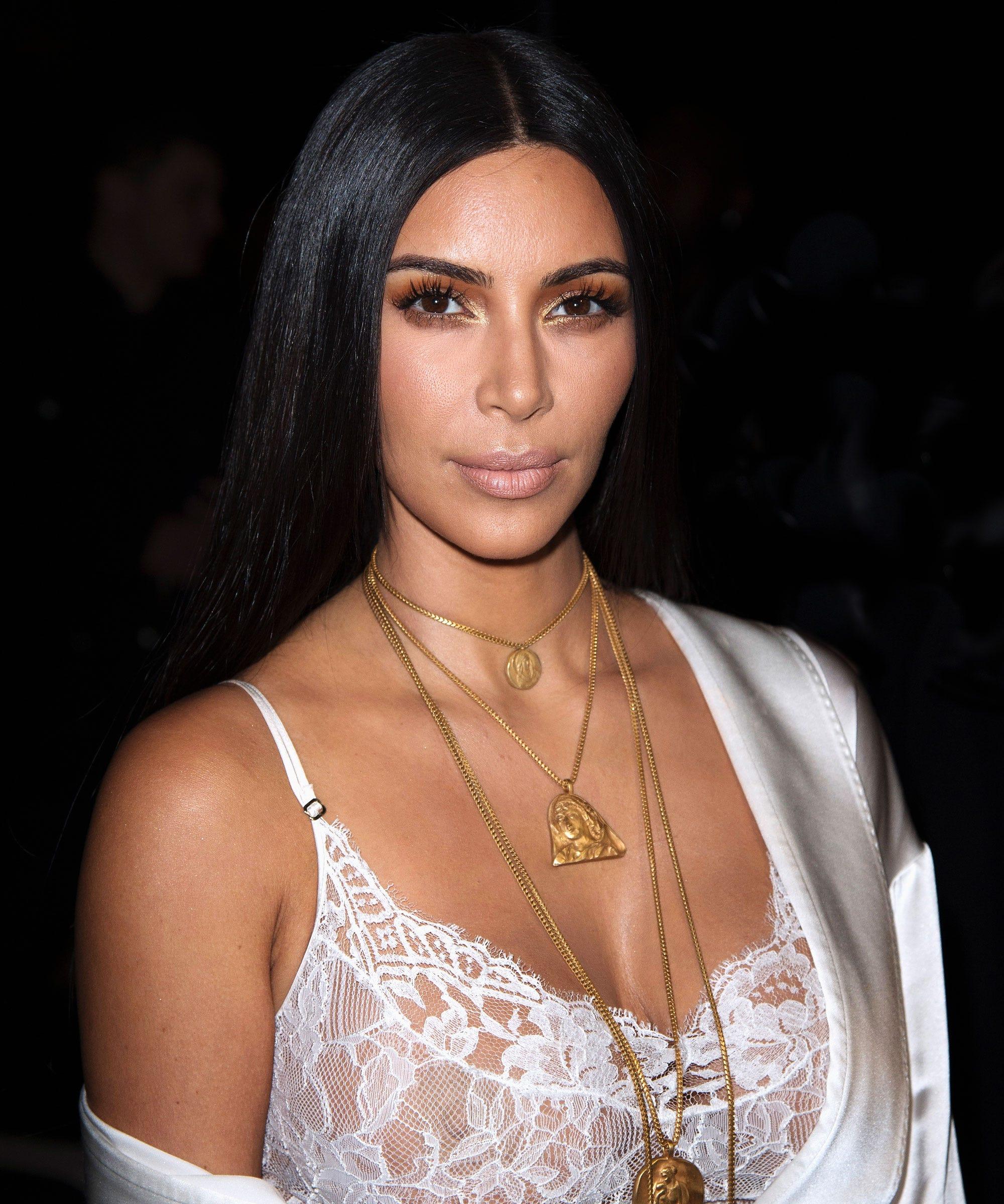 Kim Kardashian Robbery Hair Extensions Hairstyle Photos
