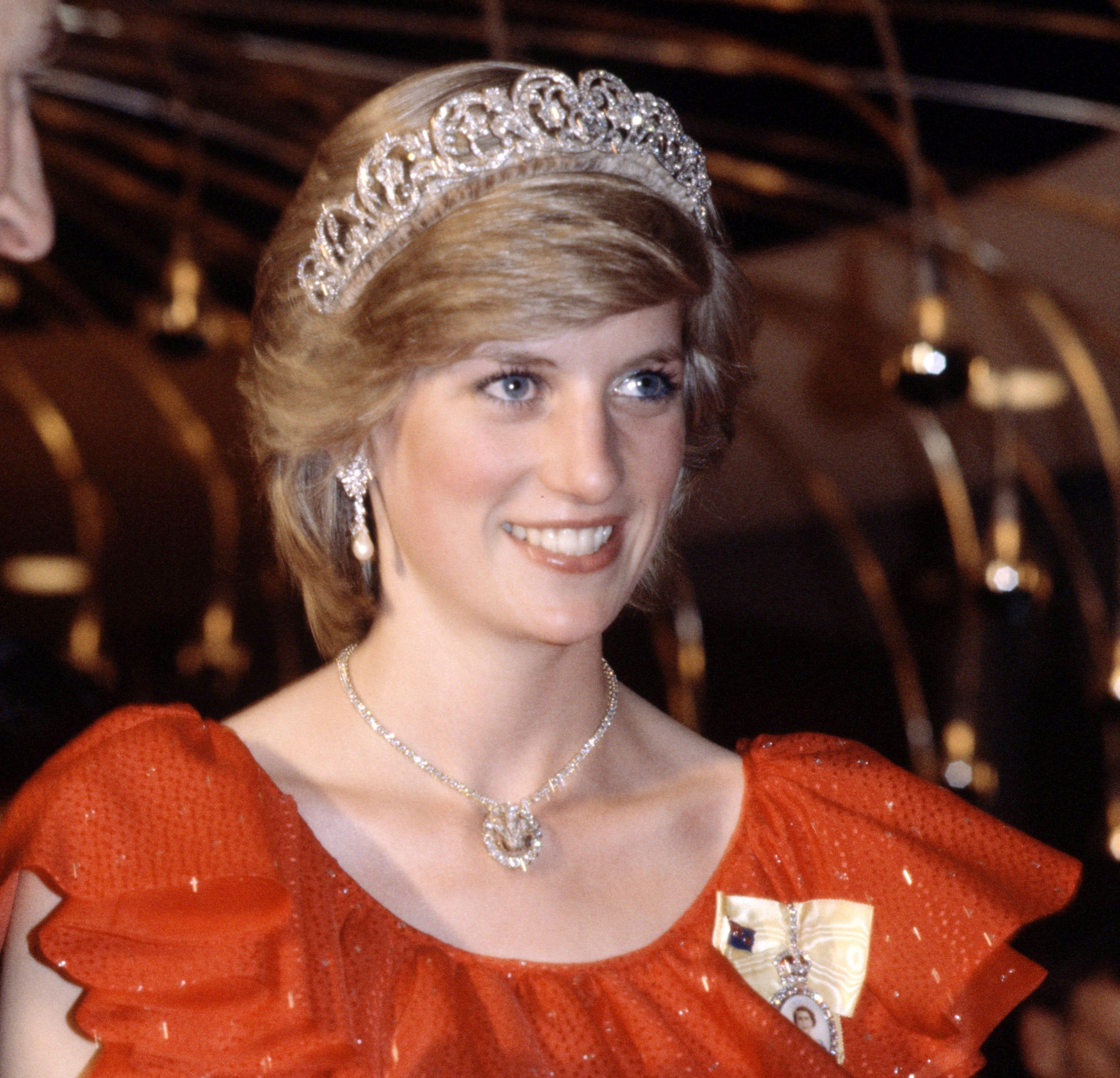 Feud Season 2 Princess Diana Prince Charles Fx Show New