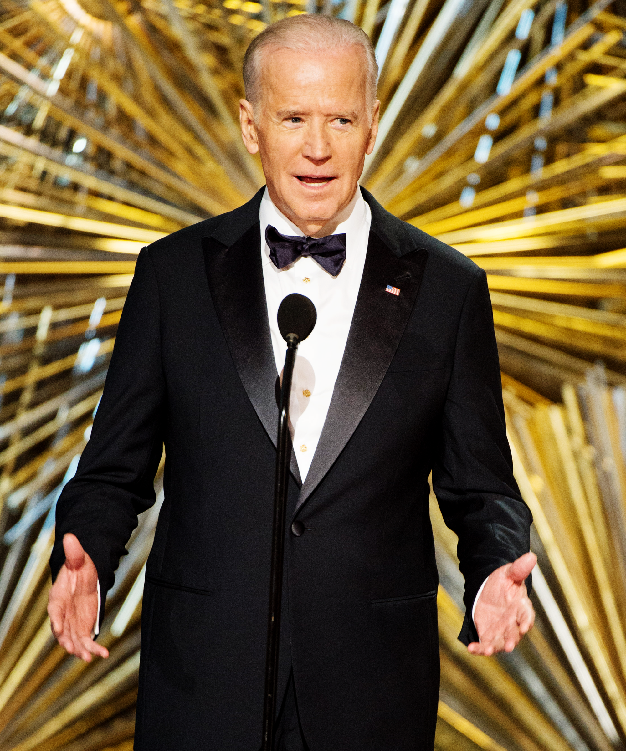 18e2987499 https://www.refinery29.com/en-us/2016/02/104289/joe-biden-oscars ...