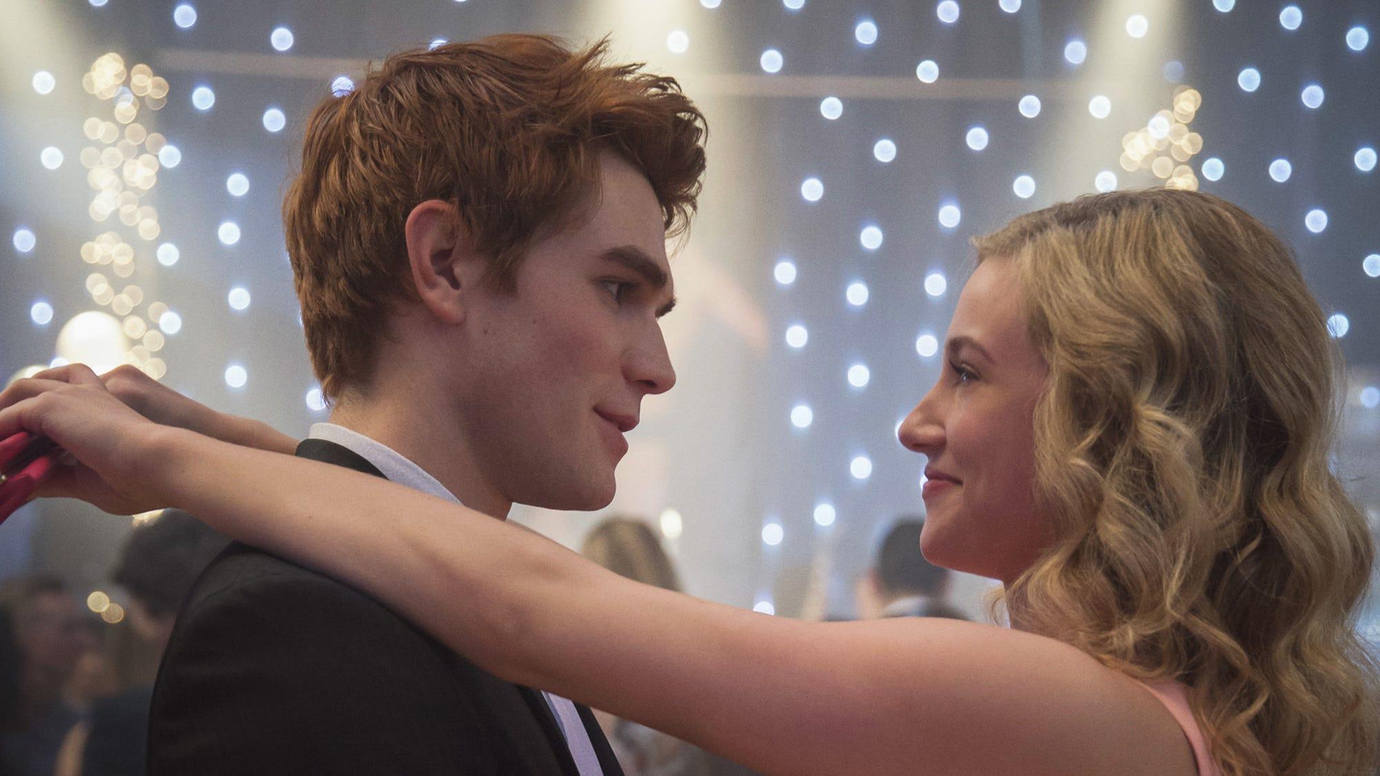 Riverdale Teases Season 2 Finale Love Triangle