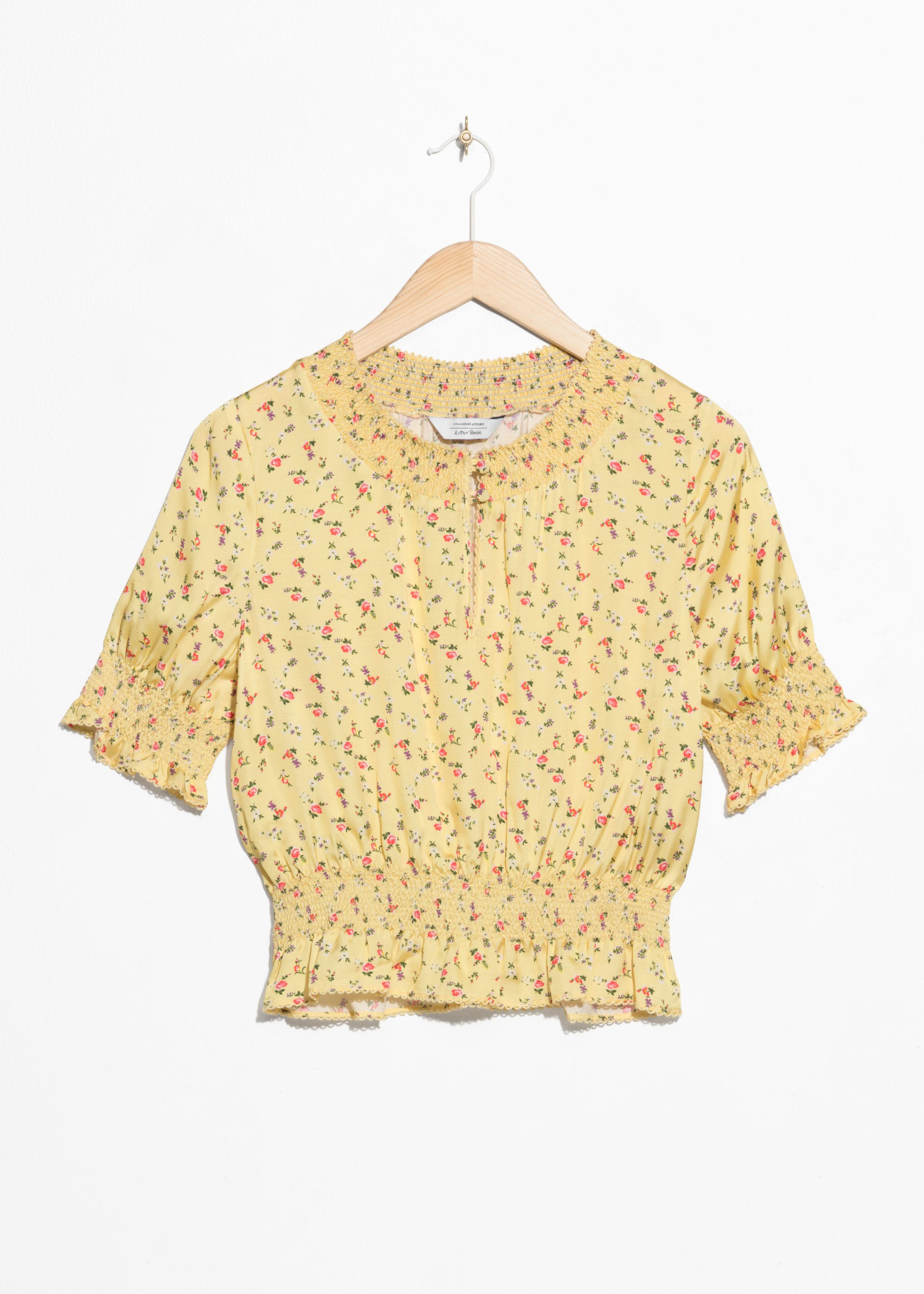 529b5b54b0090e INFO ·   Other Stories. Floral Print Ruched Blouse