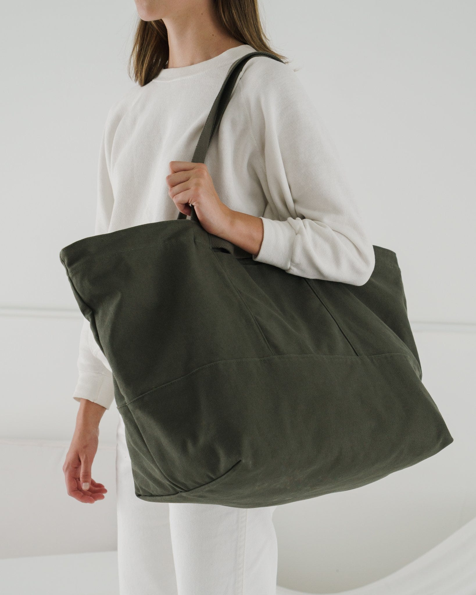 b30104538ffa Best Weekender Bags For Women To Travel In Style 2019