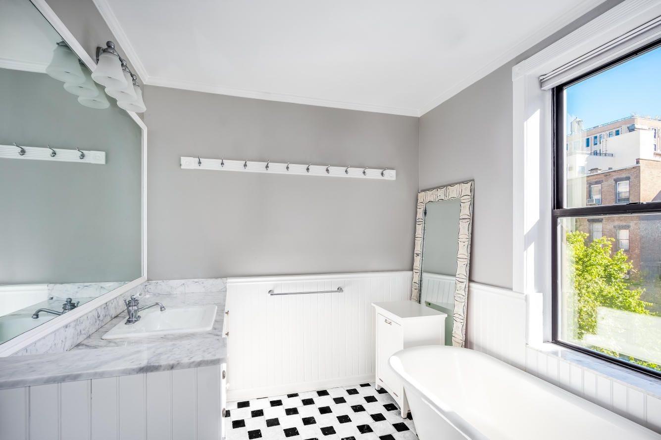 Best Celebrity Bathrooms Apartment Pictures
