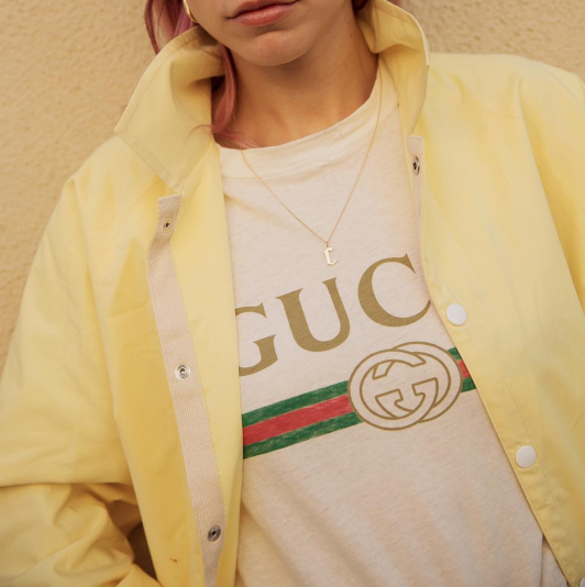 255a068c7e0a Gucci Loaf Ers Angelica Hicks Women s T Shirt Source · Gucci Logo T Shirt  Instagram Outfit Ideas