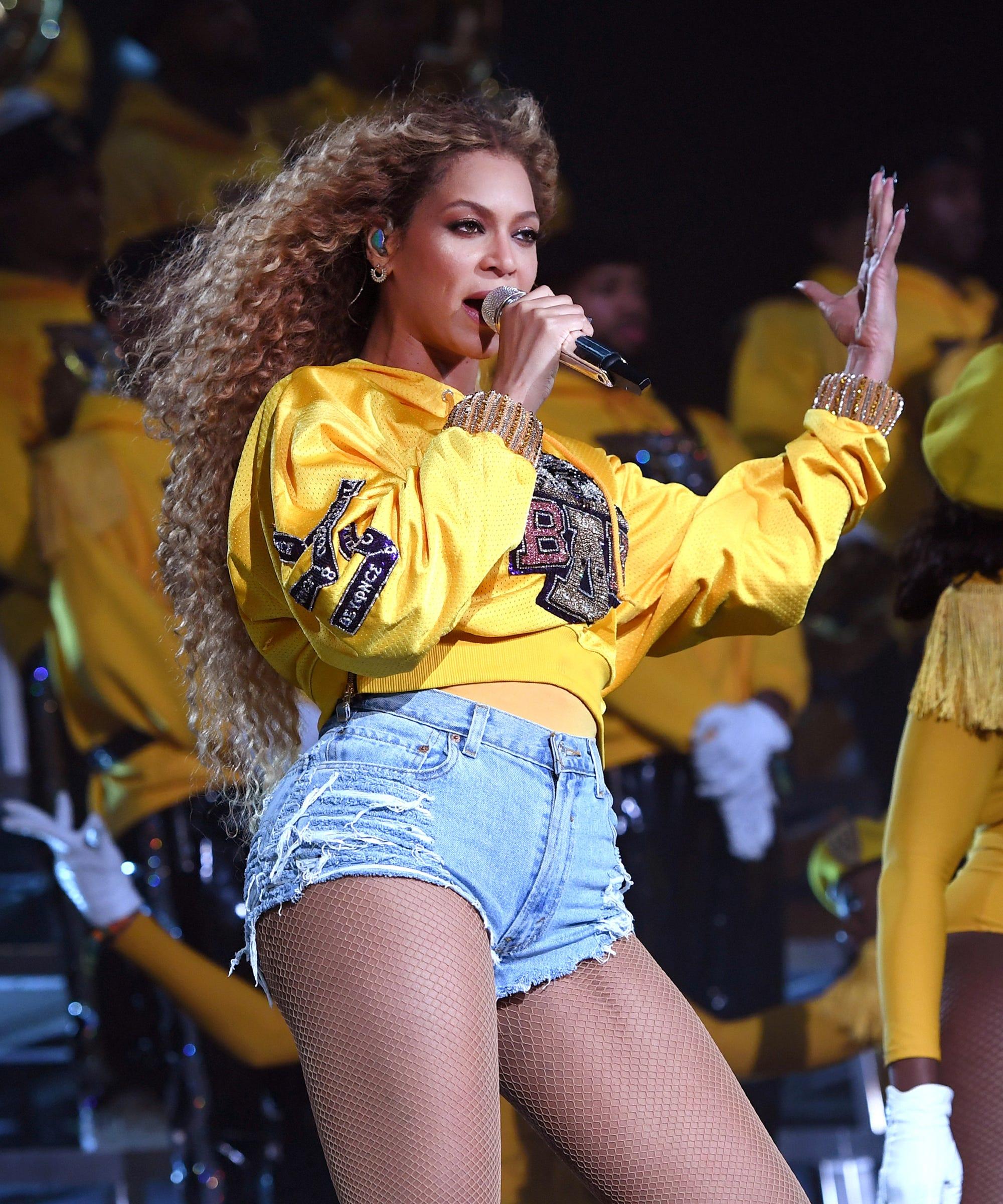 Beyoncé's Makeup Artist Shares The Secrets Behind Her Glowing Coachella Look