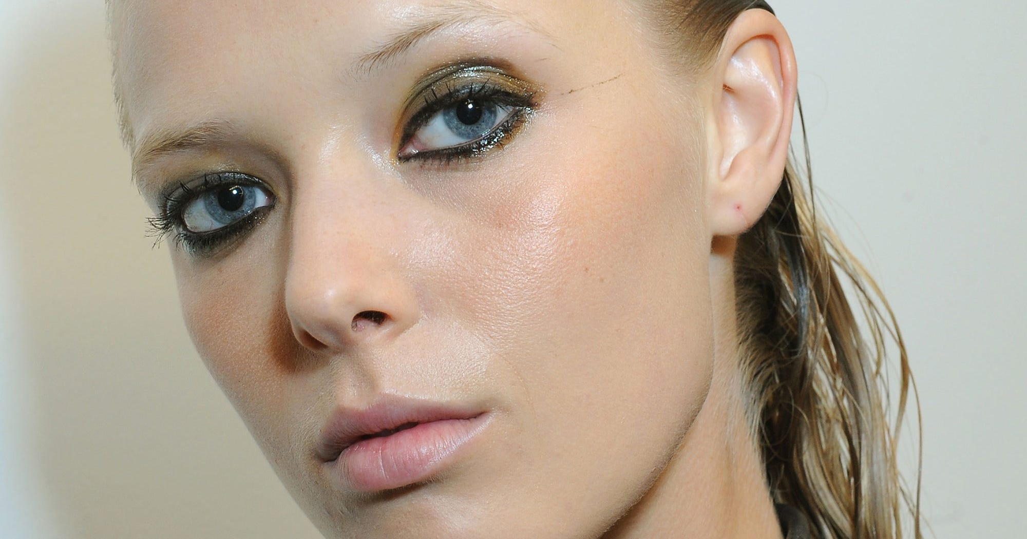 Discussion on this topic: MAC Eyes Milk for FashionWeek, mac-eyes-milk-for-fashionweek/